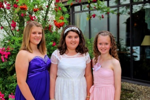 Don't you three look so cool in your prom dresses